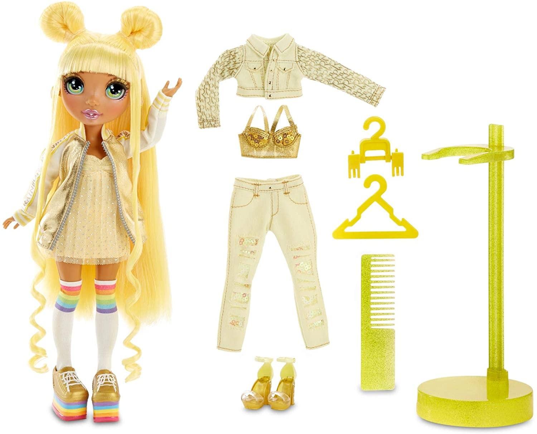 Купить Кукла Рейнбоу Хай Санни Медисон Желтая (Rainbow Surprise Rainbow High Sunny Madison Yellow) от