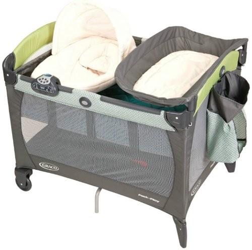 Купить Манеж-кровать Graco с колыбелью (Graco Pack 'n Play Playard with Newborn Napper) от
